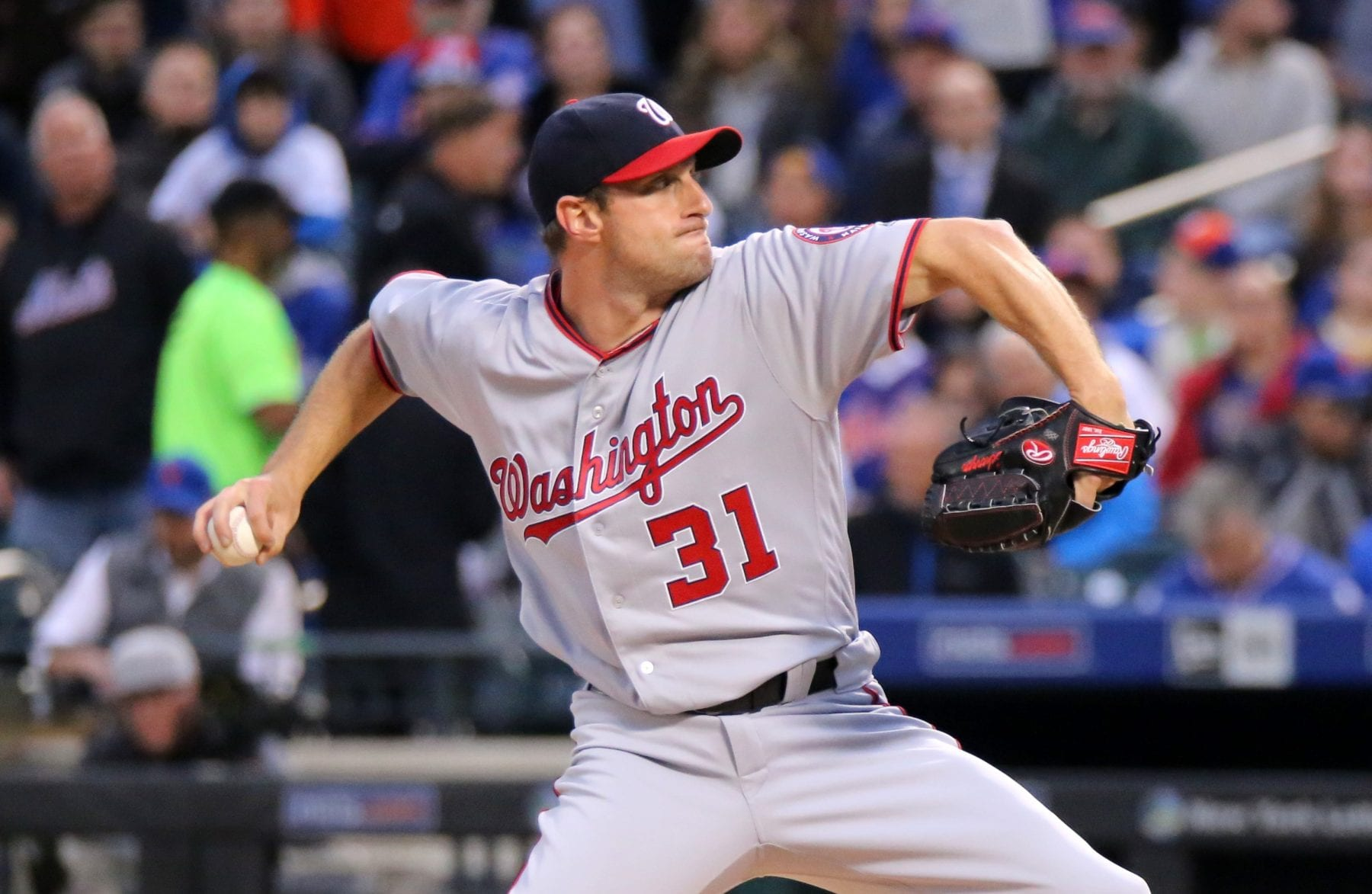 MLB FanDuel DraftKings Lineup Picks Advice Pitchers